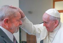 El papa recibe a Lula da Silva en el Vaticano