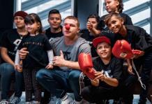 El gran gesto de Canelo Álvarez con varios niños con cáncer