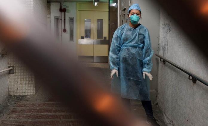Virus infecta más de mil 700 trabajadores de salud en China