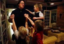 Padre Josh, la historia de un sacerdote católico casado