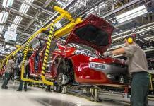Cae número de trabajadores mexicanos que ganan más