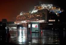 Crucero Diamond Princess deja Japón tras cuarentena por COVID-19
