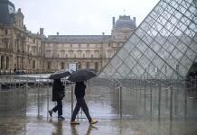 Cierran Museo de Louvre por coronavirus