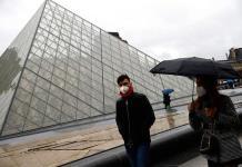 Museo del Louvre permanece cerrado ante temor a coronavirus