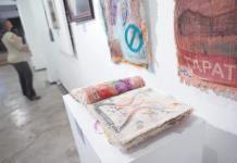"""""""Mujeres, su visión"""" muestra realidad diaria de mujeres artistas en el mundo"""