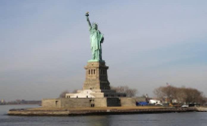 Cierran la Estatua de la Libertad