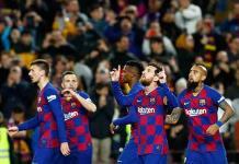 Barcelona y Real Madrid reanudan la lucha por la liga española