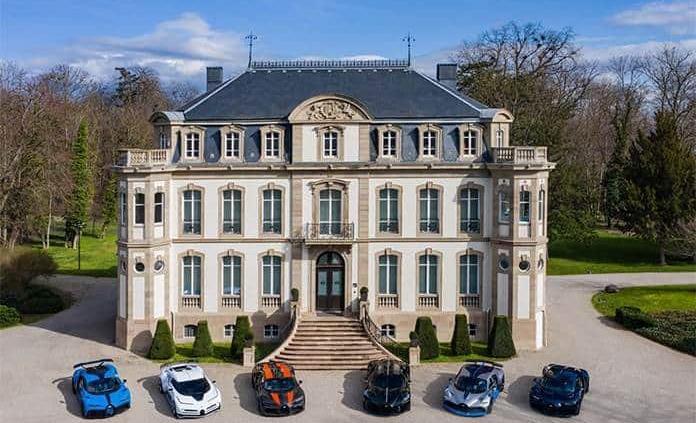 Bugatti reúne todos sus superdeportivos en Francia