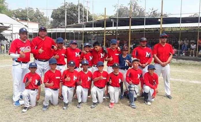 Pequeños deportistas triunfan en beisbol