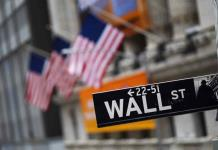 Wall Street sube esperanzado a paquete de ayuda en EEUU