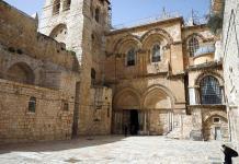 Cierra la basílica del Santo Sepulcro por medidas contra el coronavirus