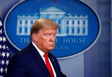 Trump deja de llamar virus chino al coronavirus