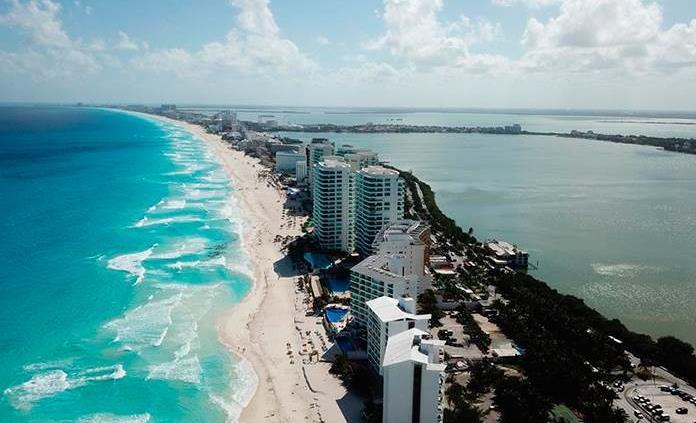 Cierran 22 hoteles en Cancún por Covid-19; el 80 % de los restaurantes deja de operar