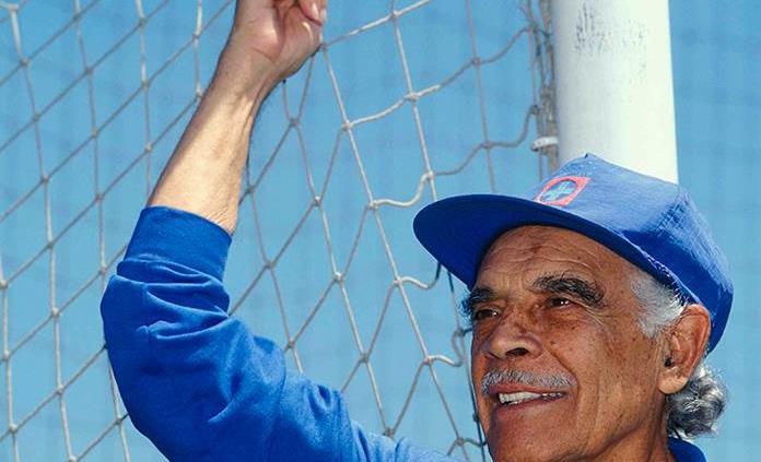 Muere Nacho Trelles, icono del futbol mexicano