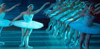 La Ópera de París transmite El Lago de los Cisnes