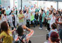 Protestan en el IMSS: no hay ni cubrebocas