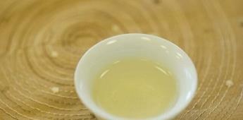 Otro mito desmentido: té caliente de limón y bicarbonato no elimina el coronavirus
