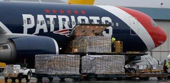 Manda Patriots su avión a China por cubrebocas