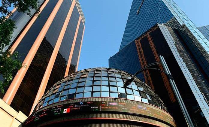 Bolsa Mexicana inicia semana con alza del 3.98%