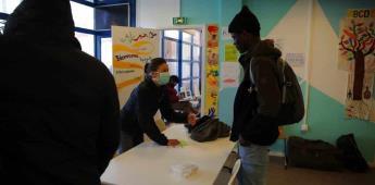 ONG alimenta a necesitados en París en cuarentena