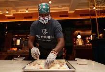 Chefs alimentan y ayudan en pandemia