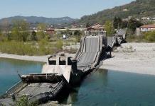 Cae puente en Italia después de que se subestimó una grieta
