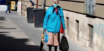 Estudio advierte que la sana distancia en el exterior debe ser de al menos 4 metros