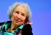 Deberíamos escuchar a los científicos, advierte Margaret Atwood