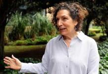 Tras la crisis, volveremos a ser los mismos que éramos hace tres meses, dice Alma Guillermoprieto