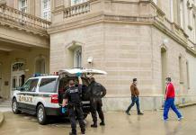 Detienen a un hombre por disparar contra la embajada de Cuba en Washington