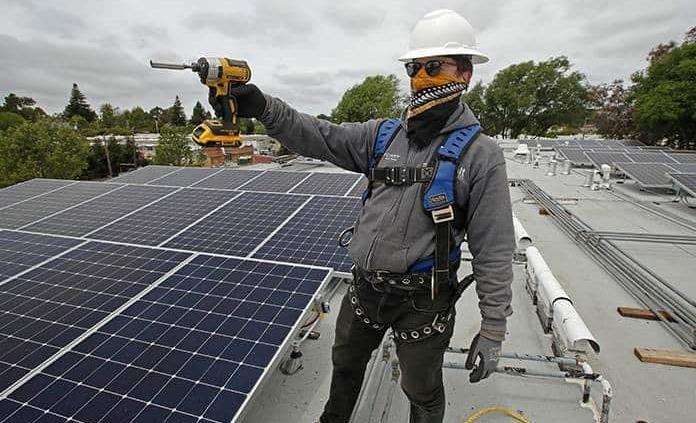 Partidos ven energías renovables como prioridad