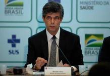 Exministro de Salud de Brasil rechaza invitación para volver al Gobierno de Bolsonaro