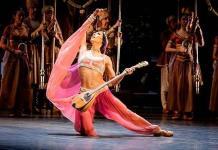 En la danza necesitamos contacto, tocarnos y sentirnos, dice Elisa Carrillo