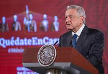 López Obrador dice que México ha podido evitar un desbordamiento sanitario