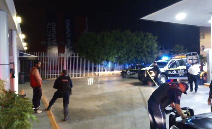 Asesinan a un joven en gasolinera cerca de la UAM