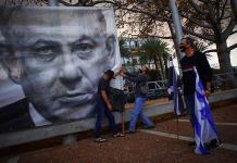 Primer ministro israelí se presentará en la Corte para lectura de cargos
