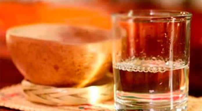 Coctelería con mezcal para celebrar el 15 de septiembre'>