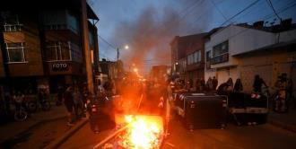 Fiscalía colombiana confirma captura de policías por muerte que detonó protestas