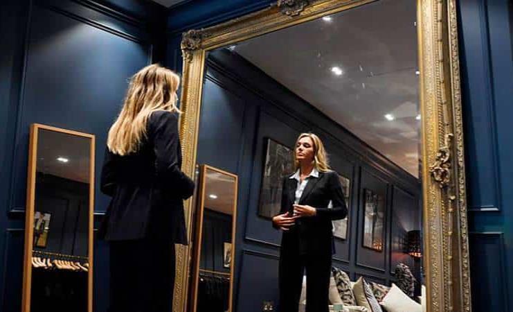 Abre sus puertas la primera sastrería femenina en la londinense Savile Row