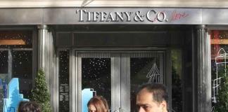 Tiffany acepta oferta de compra de LVMH
