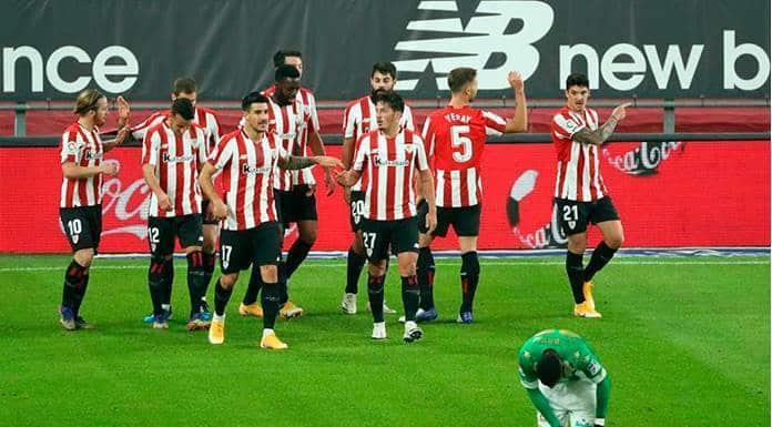 El Athletic golea 4-0 al Betis y se aleja del descenso'>