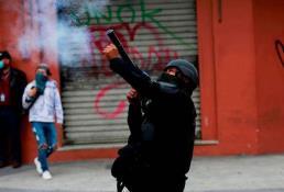 Dos manifestantes pierden un ojo cada uno por disparos de gases en Guatemala