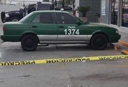 Asesinan a un hombre a bordo de un taxi afuera de un Oxxo en Periférico e Industrias