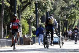 Ponen orden a ciclistas en calzada de Guadalupe