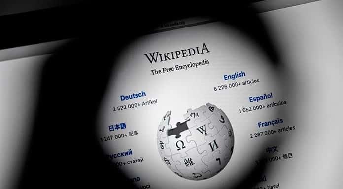 Wikipedia cumple 20 años'>