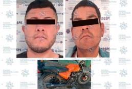 Individuos andaban en una moto robada