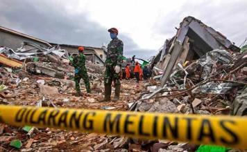 Ascienden a 46 los muertos por el sismo en Indonesia