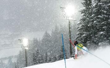 Colegios cerrados, esquí abierto: las prioridades del confinamiento austríaco