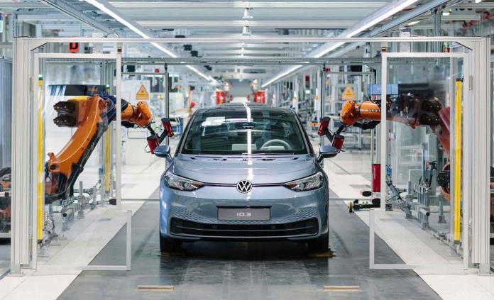 Audi y Volkswagen reanudan producción en Puebla
