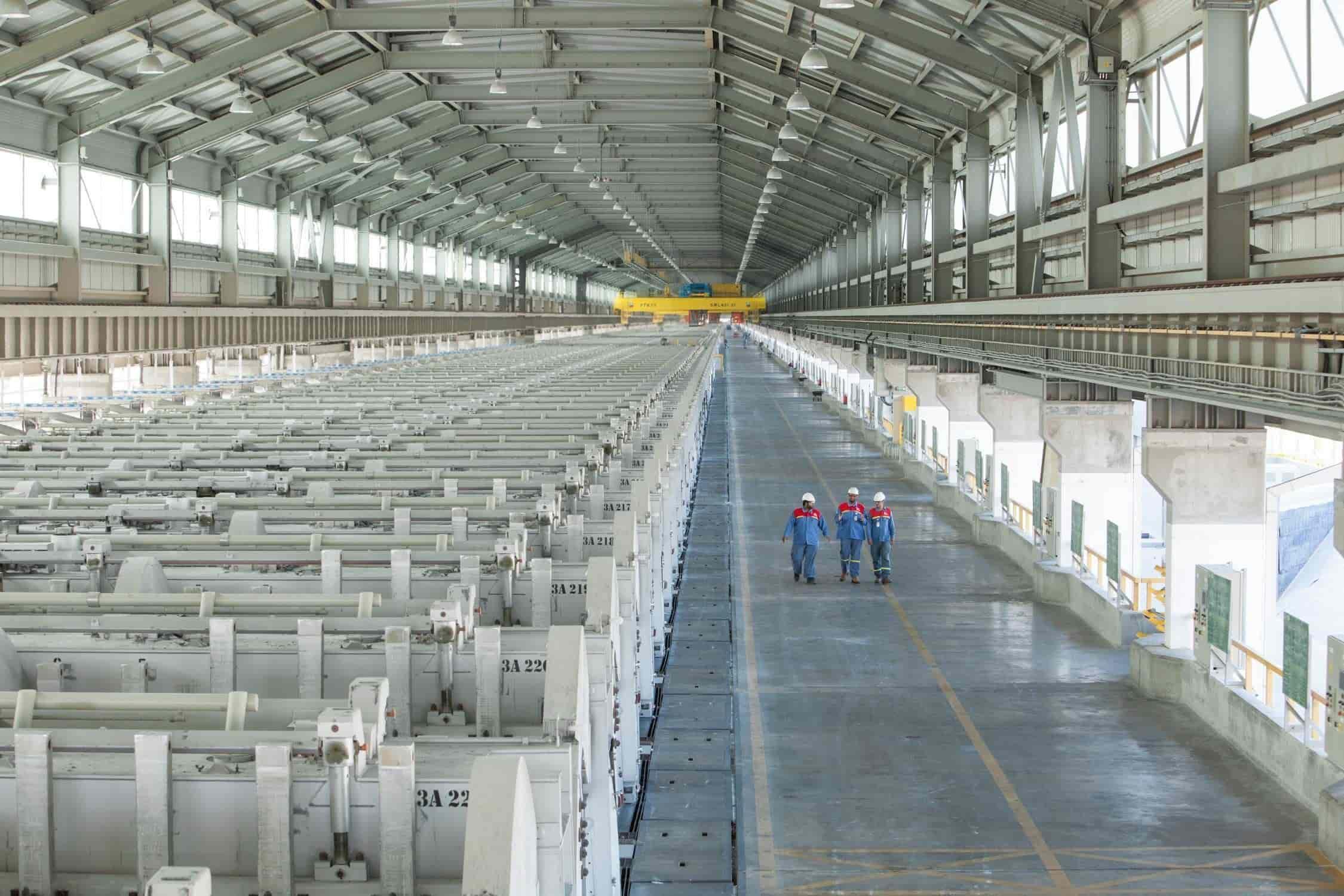 Línea de producción de la planta de aluminio solar.